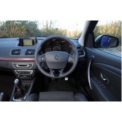 New Renault Carminat Navigation Communication Europe V32.1 sat nav map update disc